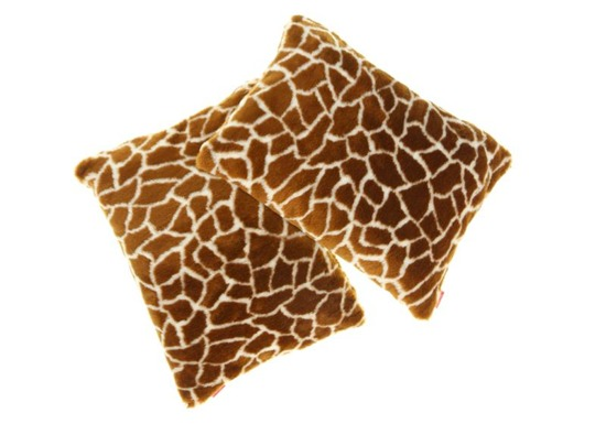 Faux fur pillow GIRAFFE
