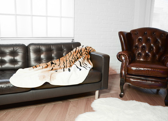 Decorative fur bedspread, blanket TIGER ecru, brown, black 145x190 cm