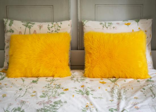 Faux fur pillow SHAGGY yellow 40x50 cm