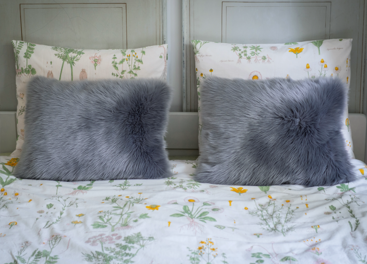 Decorative faux fur pillow MARENGO