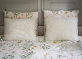 Poduszka dekoracyjna z futra ANGELO